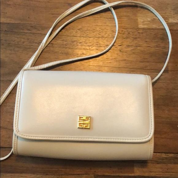Givenchy Handbags - Givenchy purse